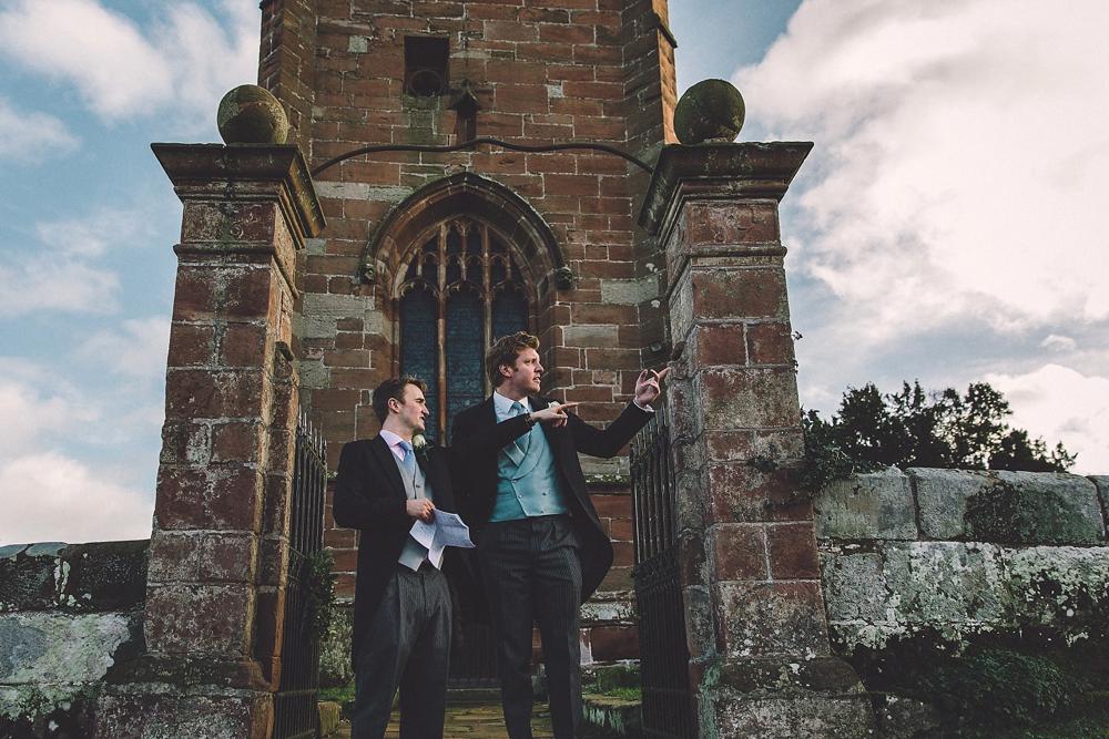 www.paulmarbrook.com-wedding-combermere-abbey_0107