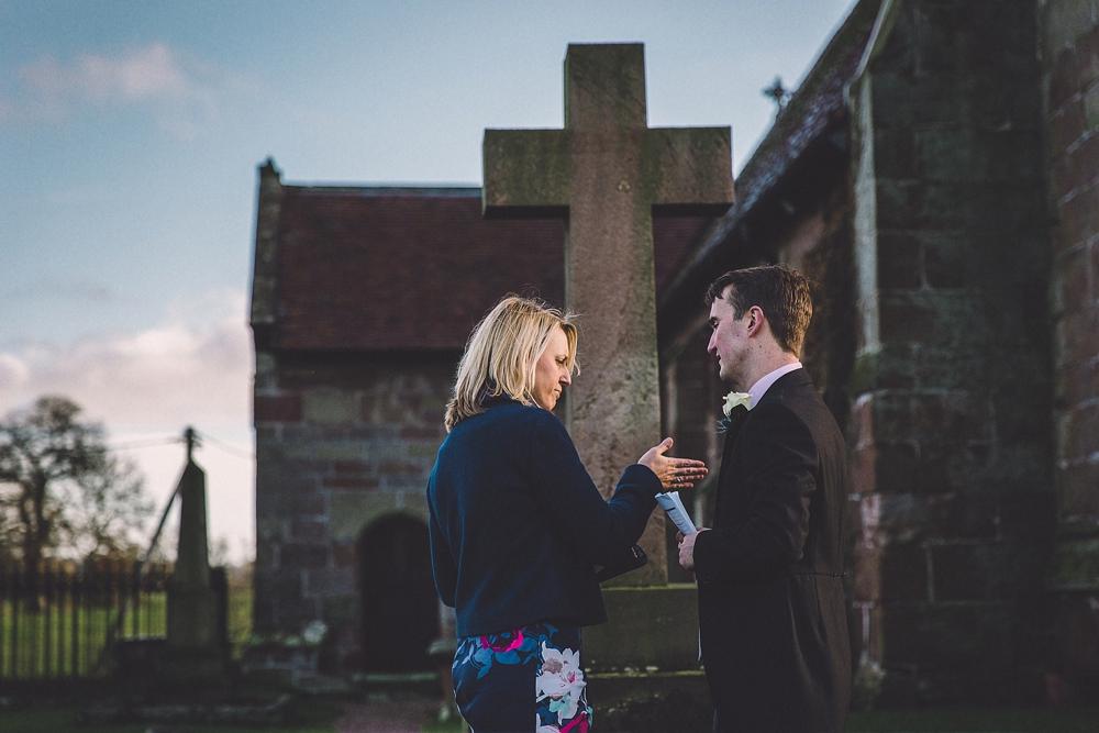 www.paulmarbrook.com-wedding-combermere-abbey_0108