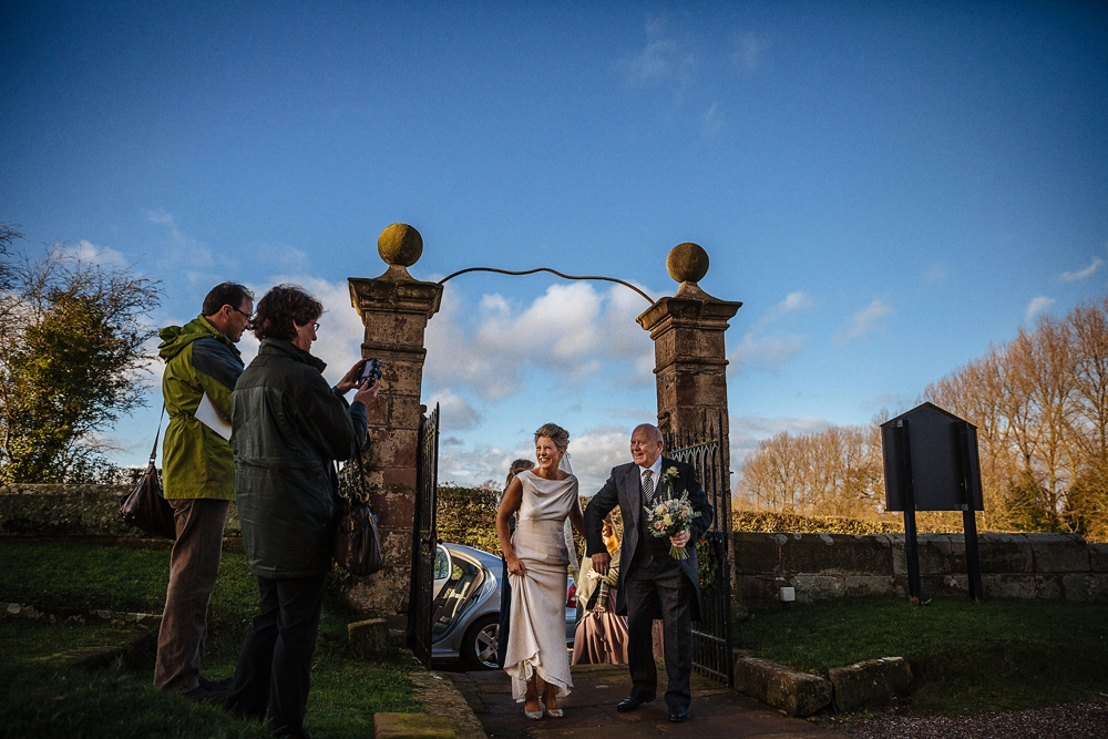 www.paulmarbrook.com-wedding-combermere-abbey_0113