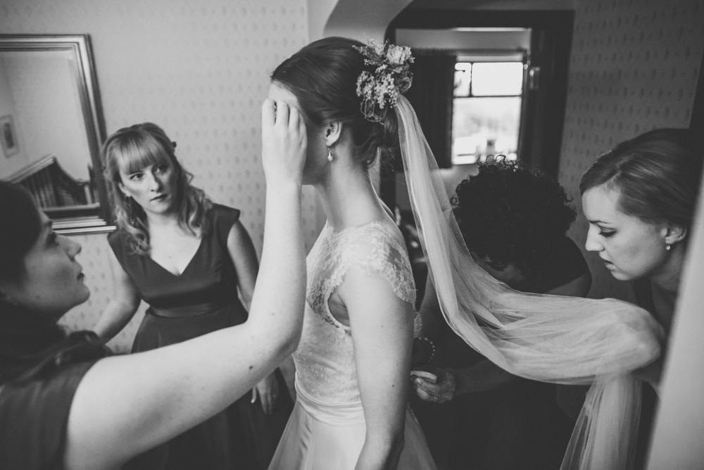 www.paulmarbrook.com-wedding-tipi-cheshire-wales_0022