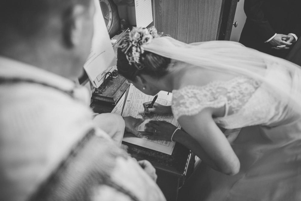 www.paulmarbrook.com-wedding-tipi-cheshire-wales_0038