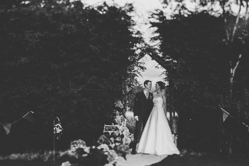 www.paulmarbrook.com-wedding-tipi-cheshire-wales_0067