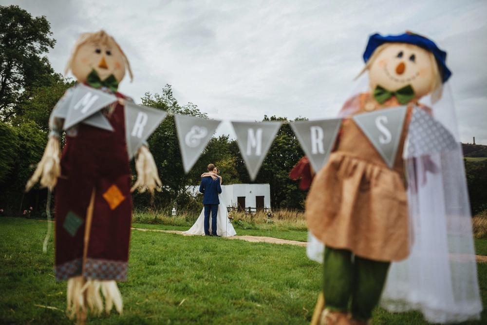 www.paulmarbrook.com-wedding-tipi-cheshire-wales_0077