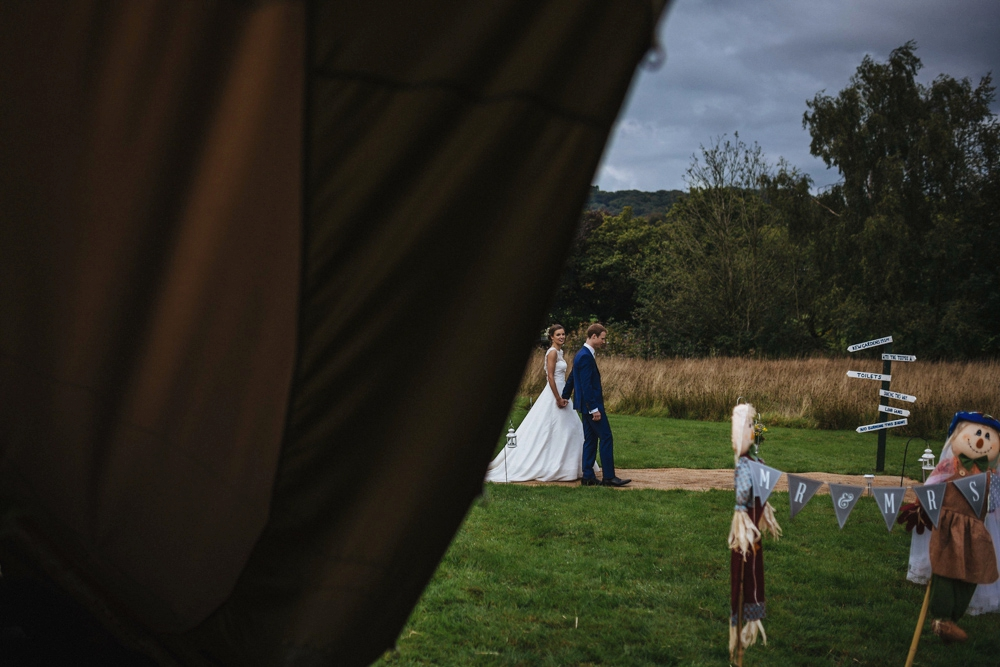 www.paulmarbrook.com-wedding-tipi-cheshire-wales_0078