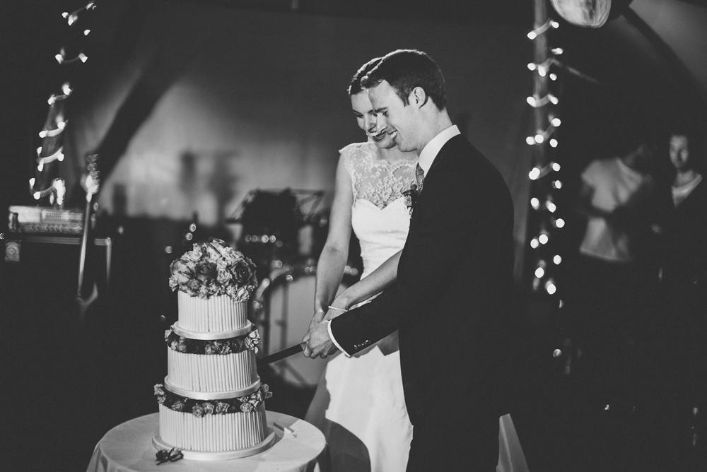 www.paulmarbrook.com-wedding-tipi-cheshire-wales_0120