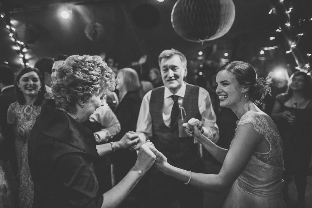 www.paulmarbrook.com-wedding-tipi-cheshire-wales_0139