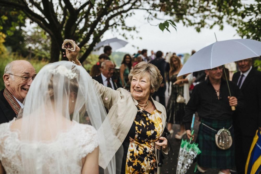 www.paulmarbrook.com-wedding-tipi-yurt-marquee-Frodsham-Cheshire_0093