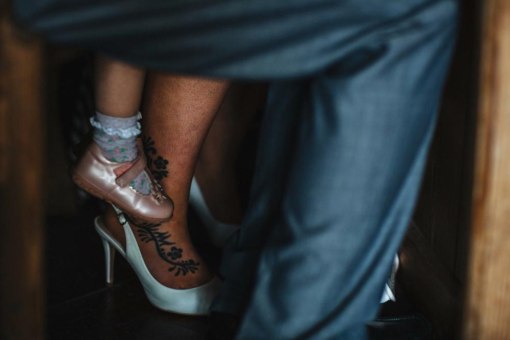 www.paulmarbrook.com-wedding-tipi-yurt-pembrokeshire-wales_0188