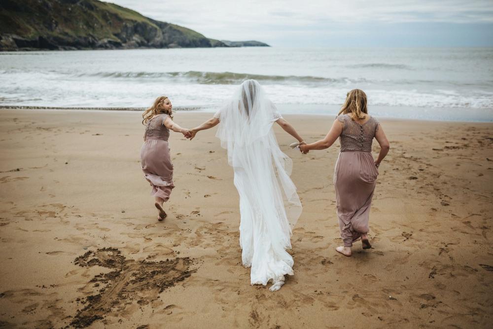 www.paulmarbrook.com-wedding-tipi-yurt-pembrokeshire-wales_0215