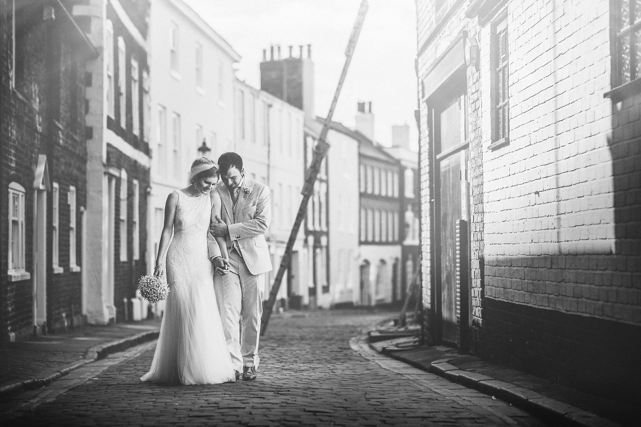 Chester-Cheshire-Creative-natural-wedding-photography-90001