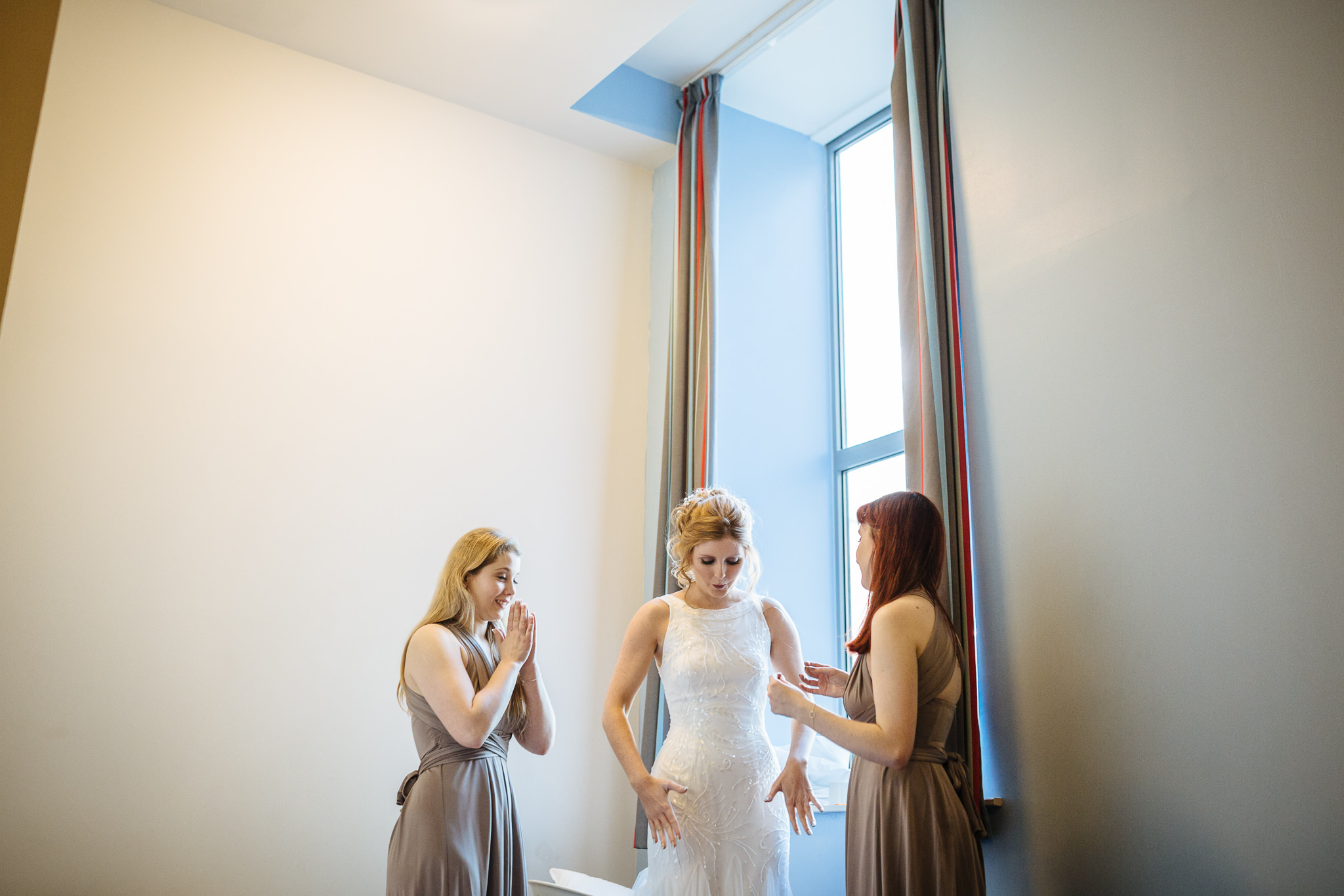 Chester-Cheshire-Creative-natural-wedding-photography-90004