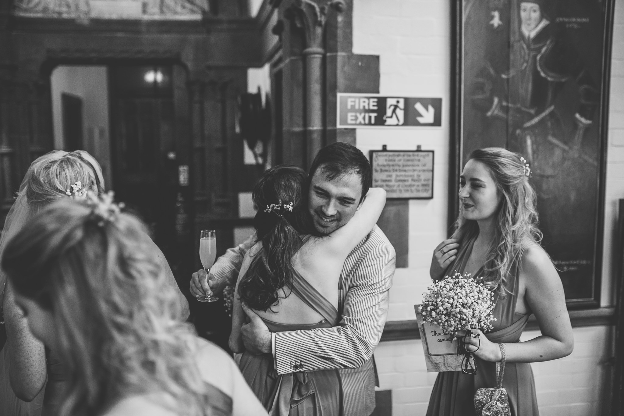 Chester-Cheshire-Creative-natural-wedding-photography-90035