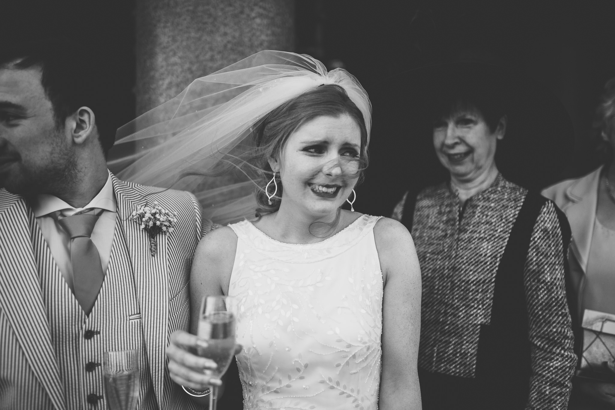 Chester-Cheshire-Creative-natural-wedding-photography-90047