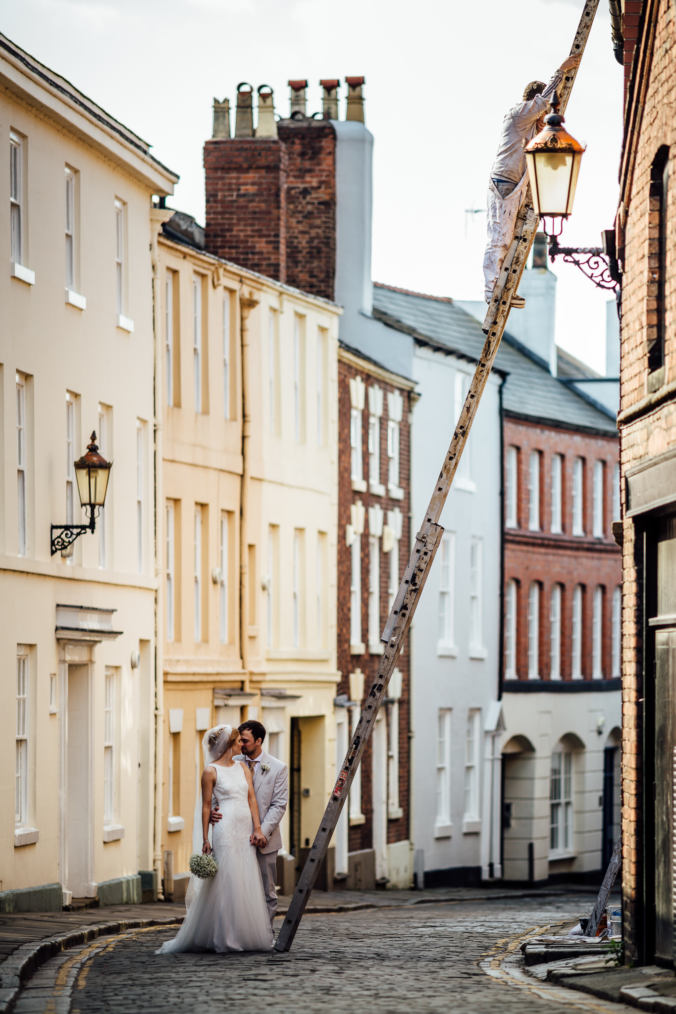 Chester-Cheshire-Creative-natural-wedding-photography-90051