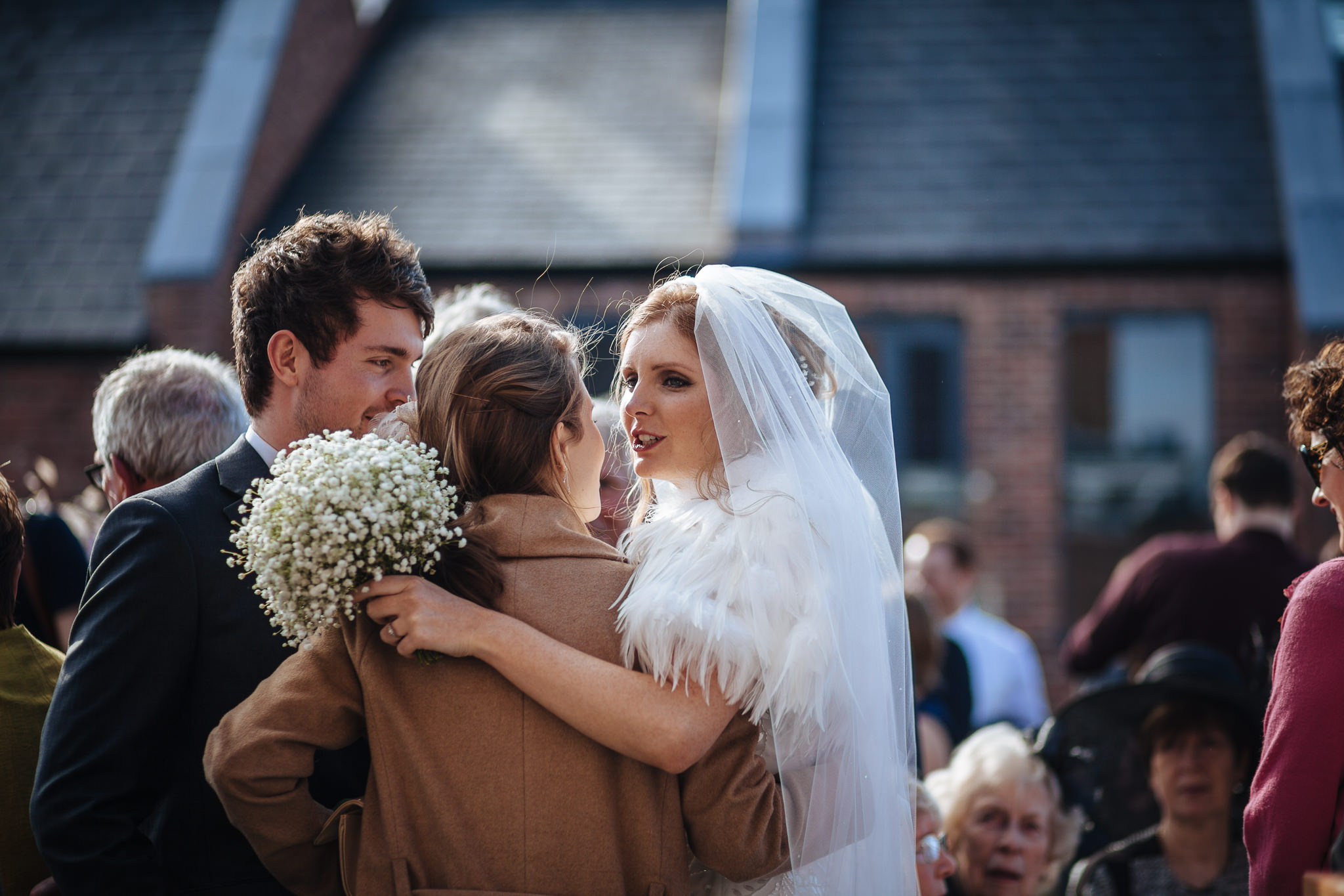 Chester-Cheshire-Creative-natural-wedding-photography-90058