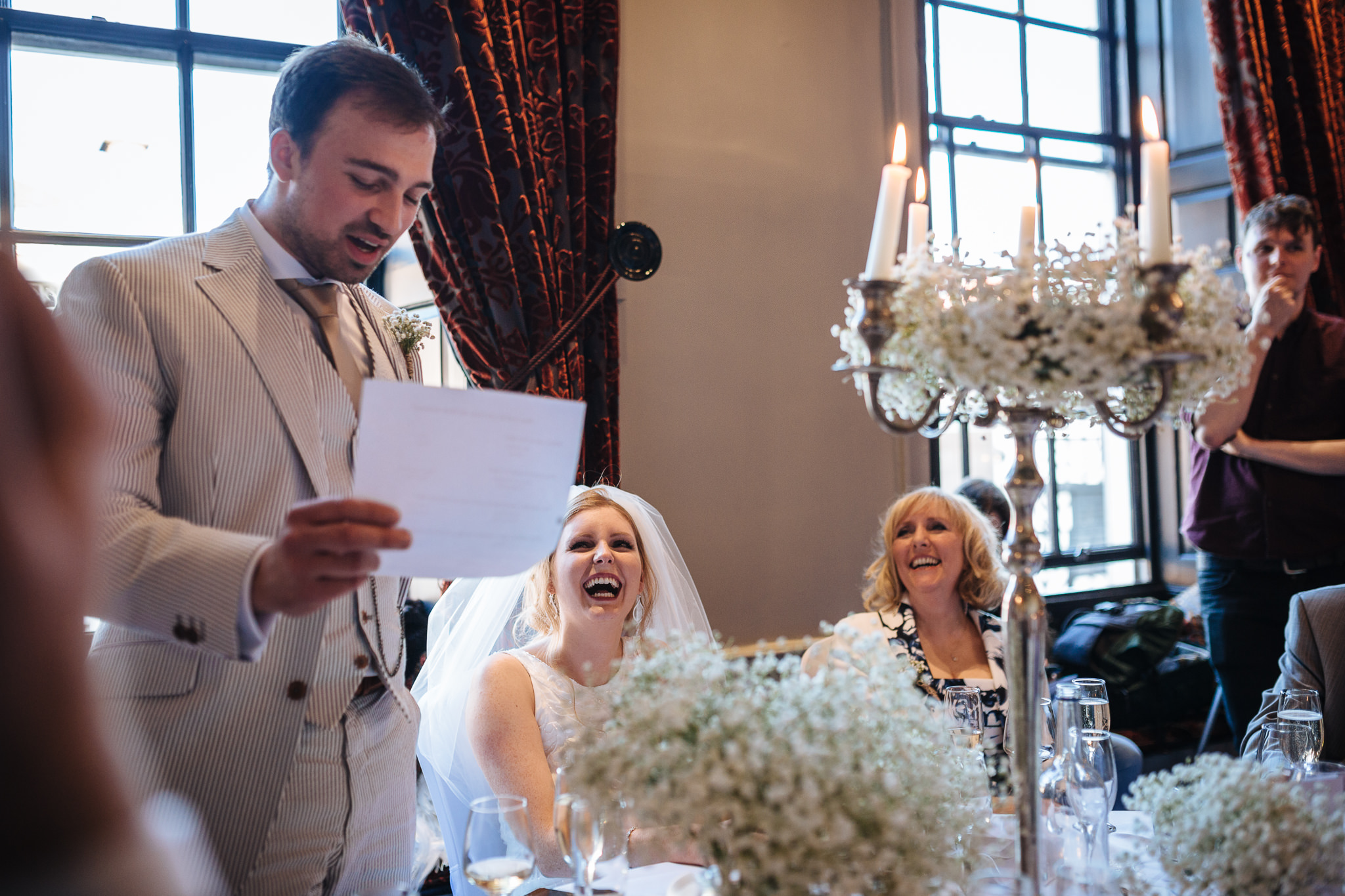 Chester-Cheshire-Creative-natural-wedding-photography-90079