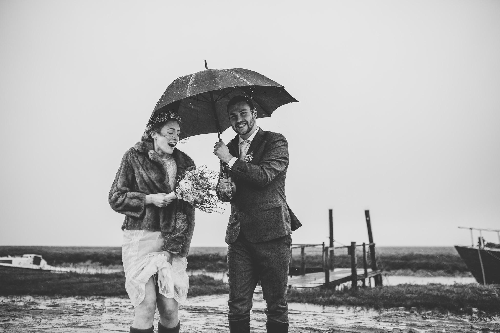 Creative-reportage-wedding-photography-90003