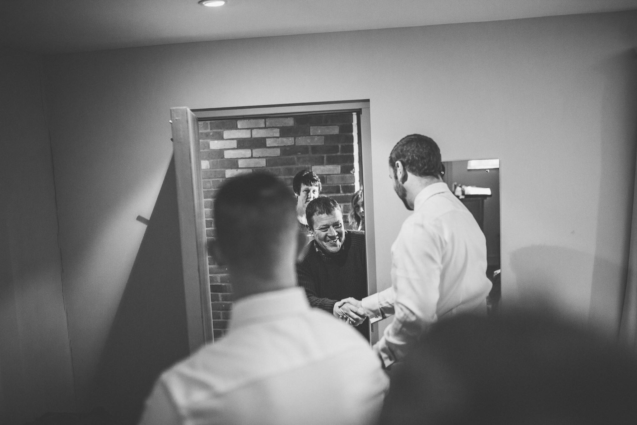 Creative-reportage-wedding-photography-90007