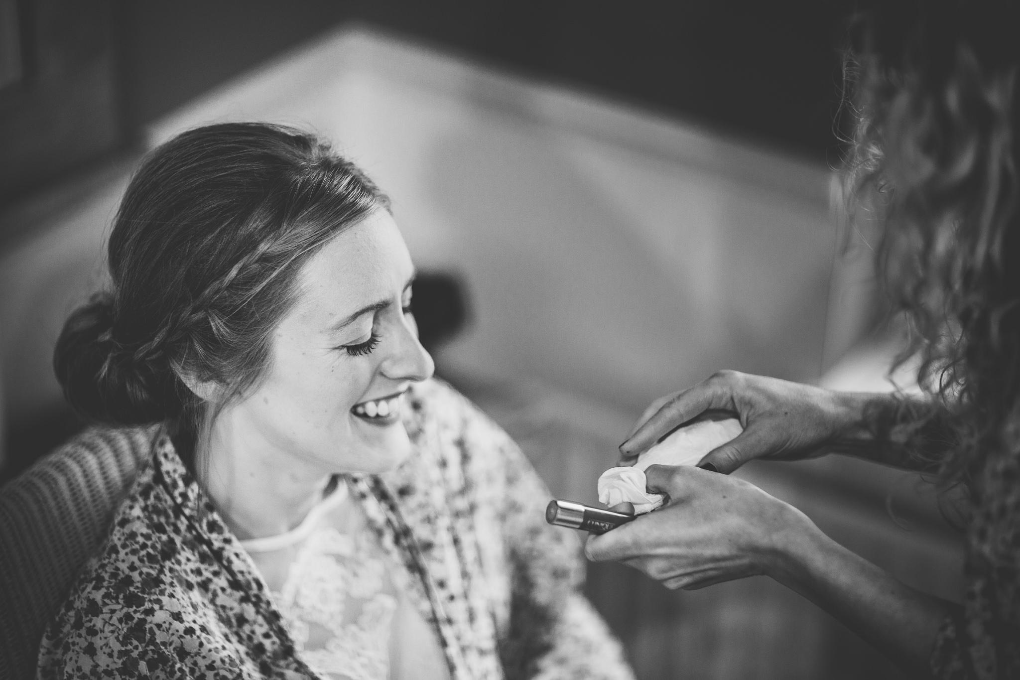 Creative-reportage-wedding-photography-90015