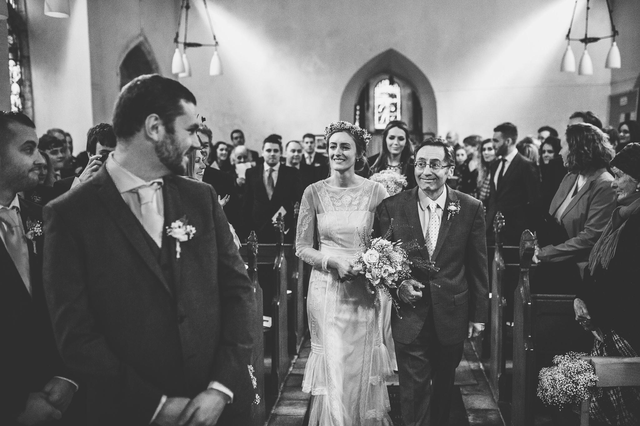 Creative-reportage-wedding-photography-90020