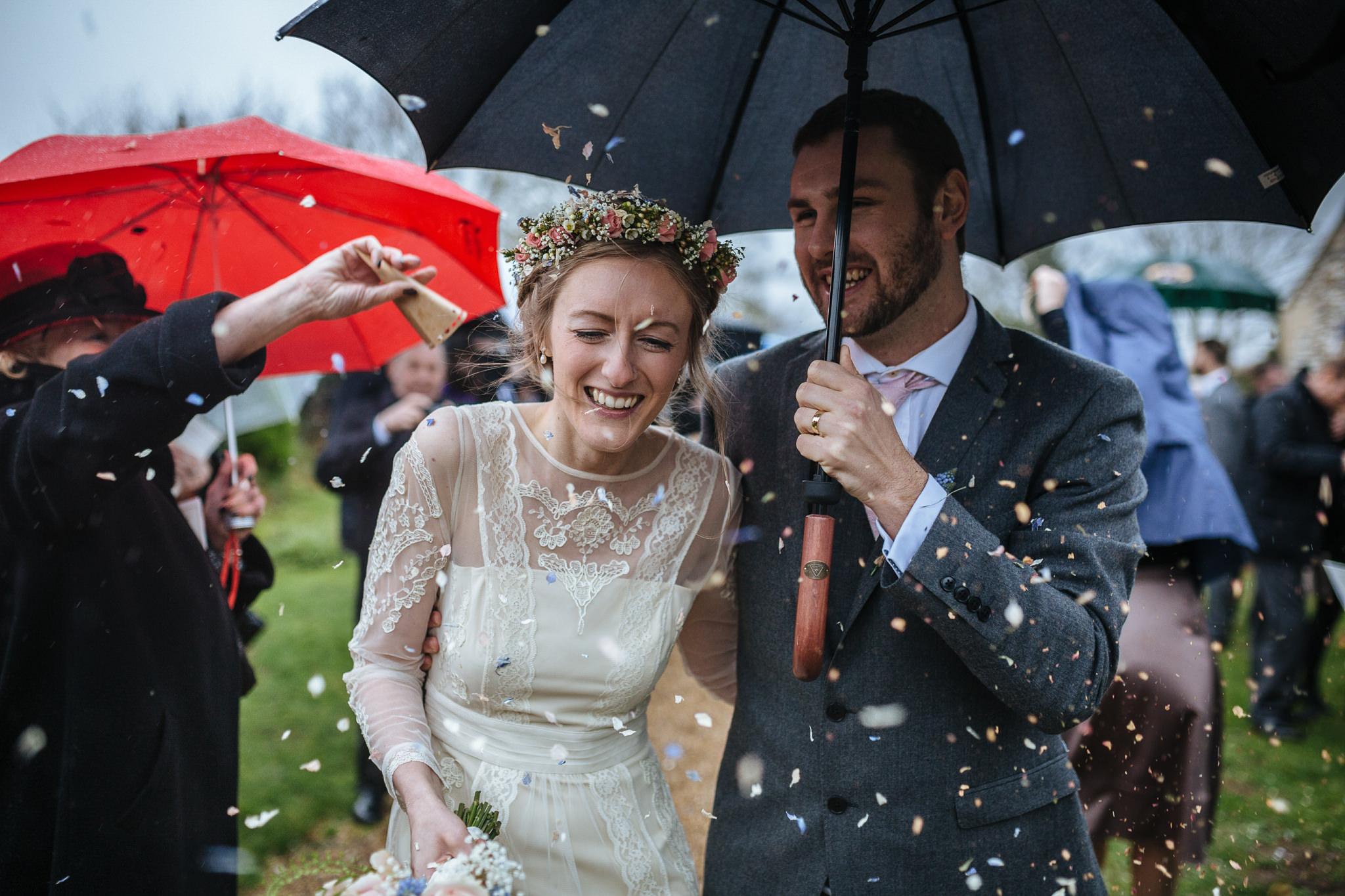 Creative-reportage-wedding-photography-90026
