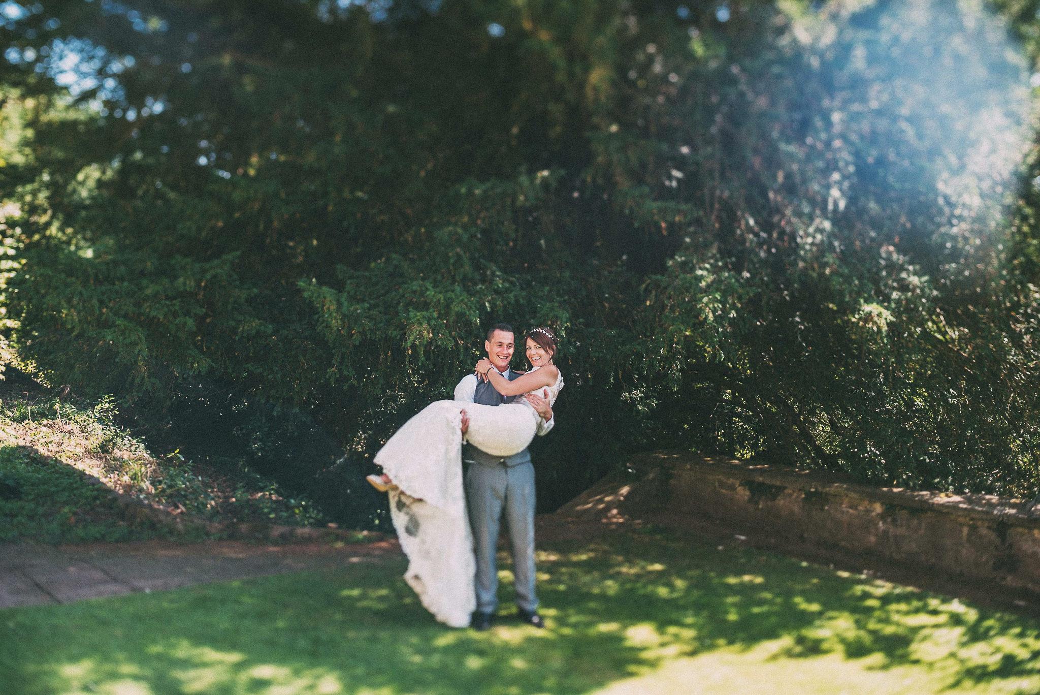 paul-marbrook-Caer-Llan-Wedding-Photographer-90066