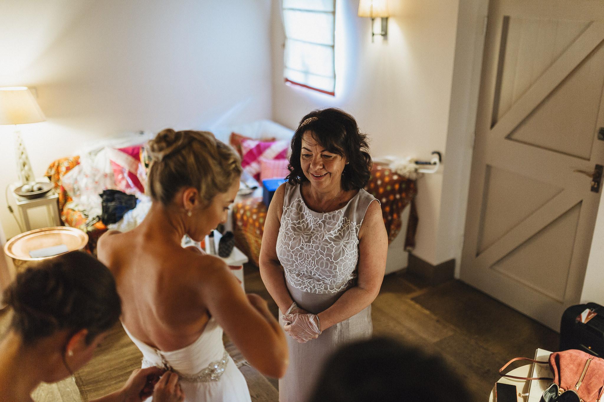 paul-marbrook-Gaynes-Park Wedding-Photographer-90022