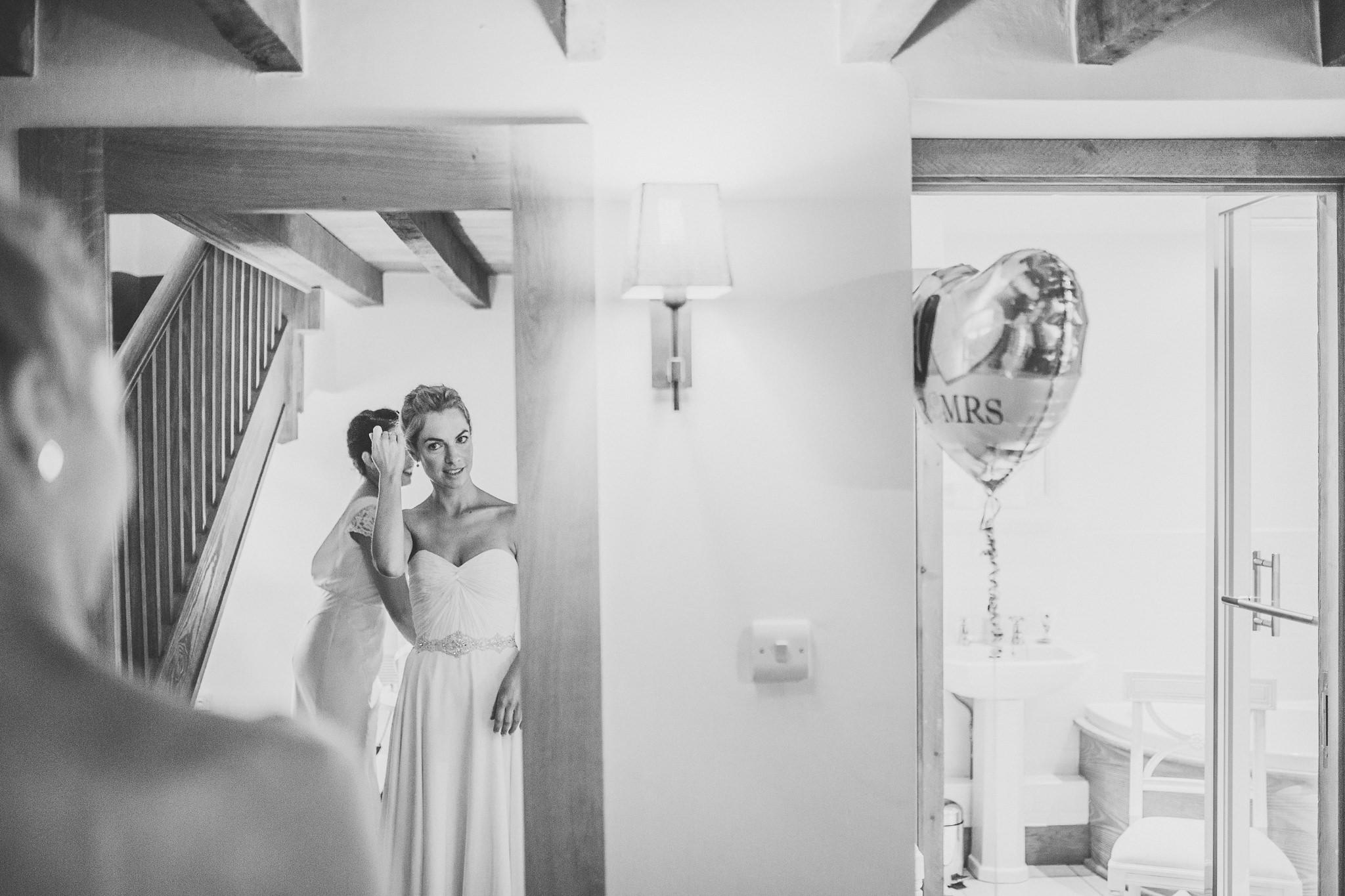 paul-marbrook-Gaynes-Park Wedding-Photographer-90023