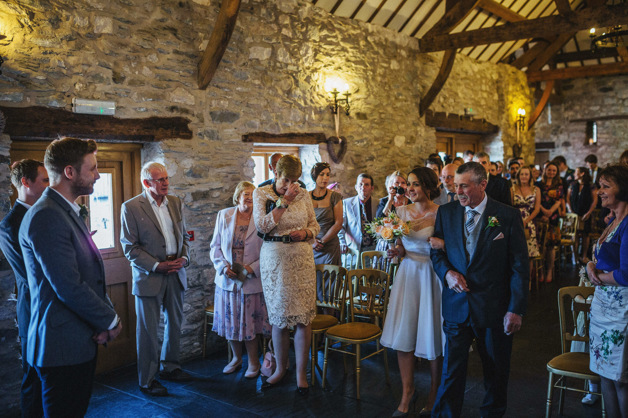 plas-isaf-corwen-north-wales-farm-wedding-photography-photographer-90026