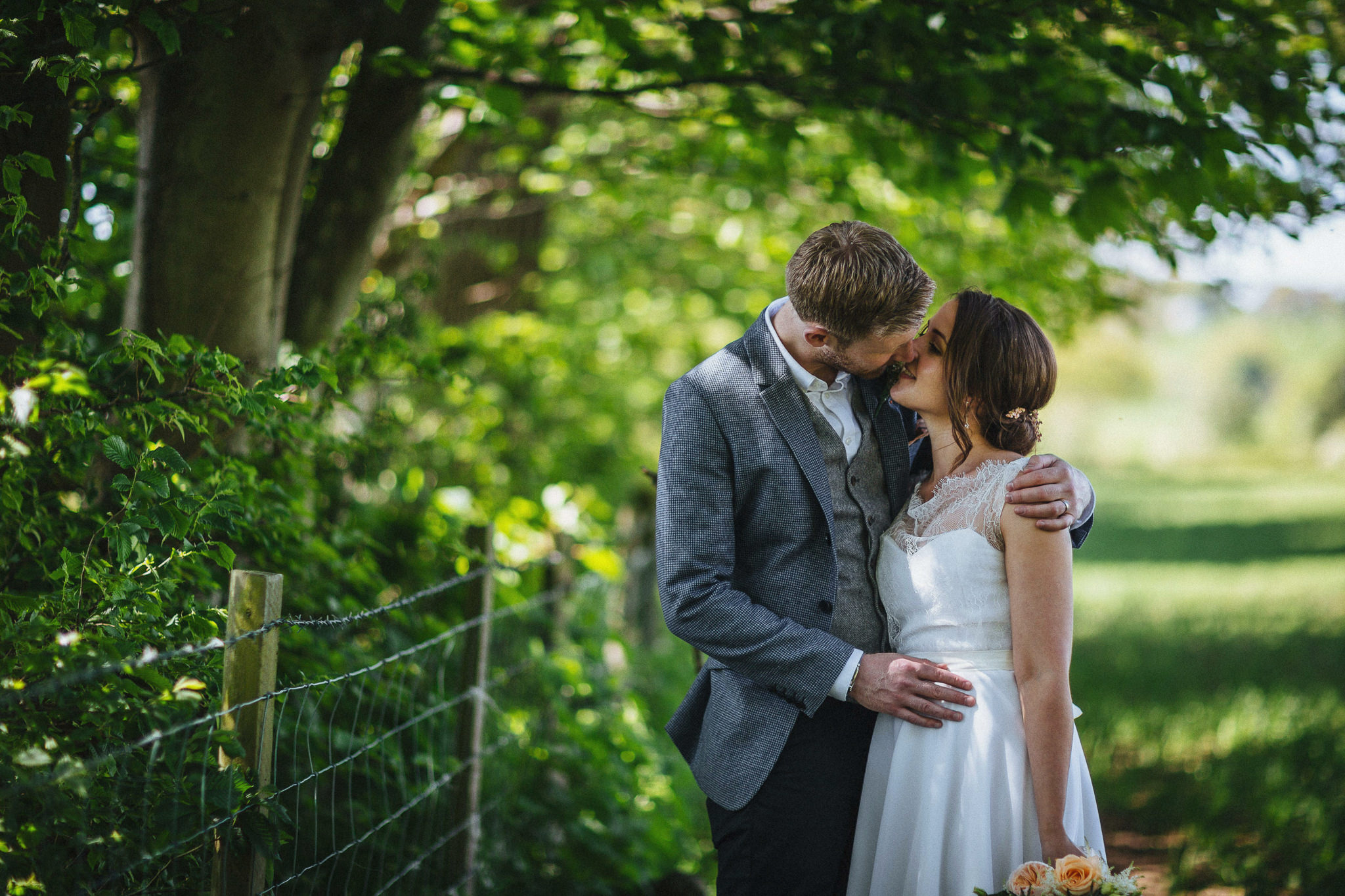 plas-isaf-corwen-north-wales-farm-wedding-photography-photographer-9003