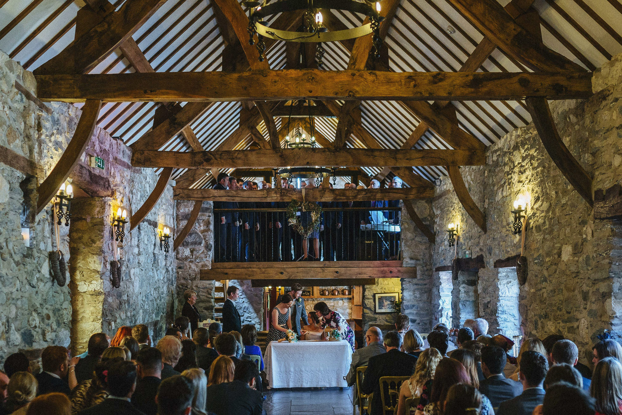 plas-isaf-corwen-north-wales-farm-wedding-photography-photographer-90033