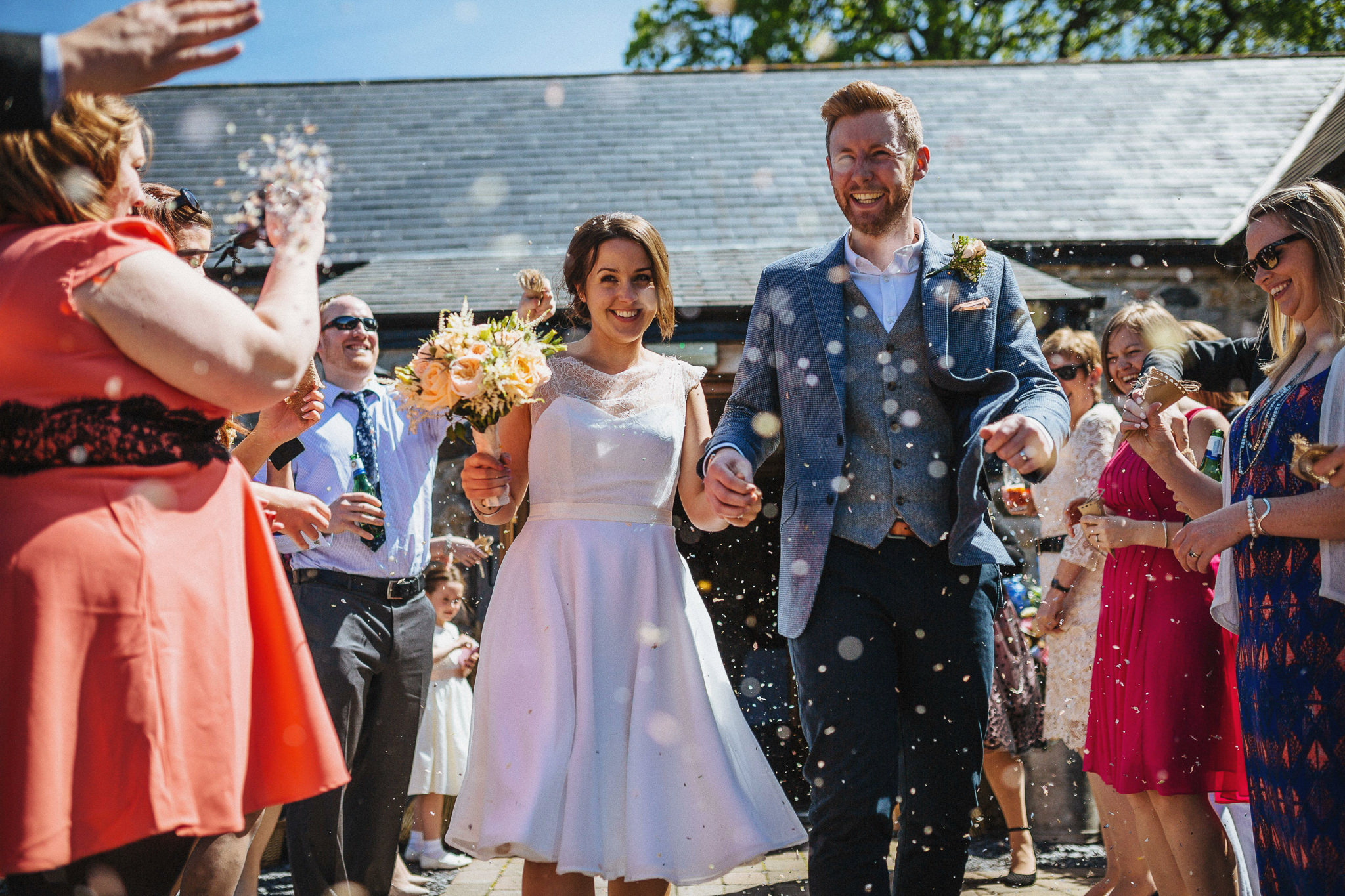 plas-isaf-corwen-north-wales-farm-wedding-photography-photographer-90040