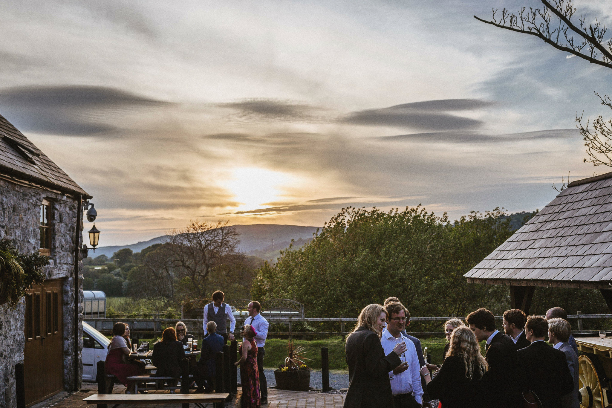 plas-isaf-corwen-north-wales-farm-wedding-photography-photographer-90085