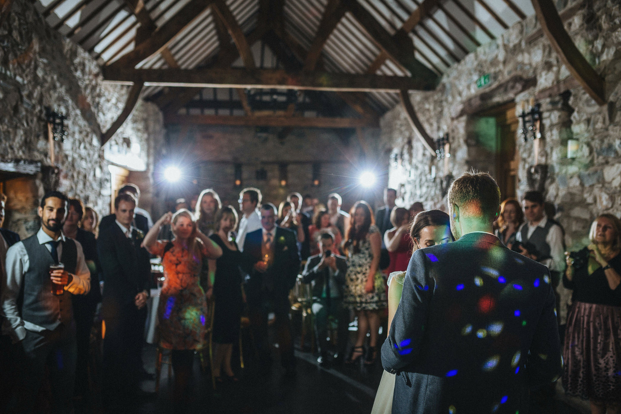 plas-isaf-corwen-north-wales-farm-wedding-photography-photographer-90089