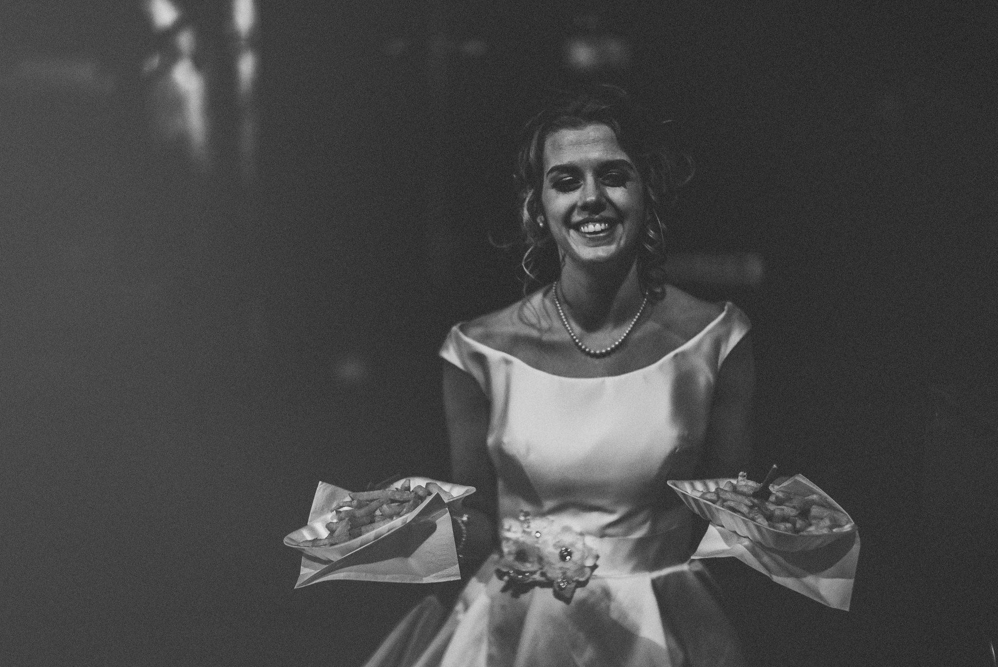 Lancashire-Creative-natural-documentary-wedding-photography-90090