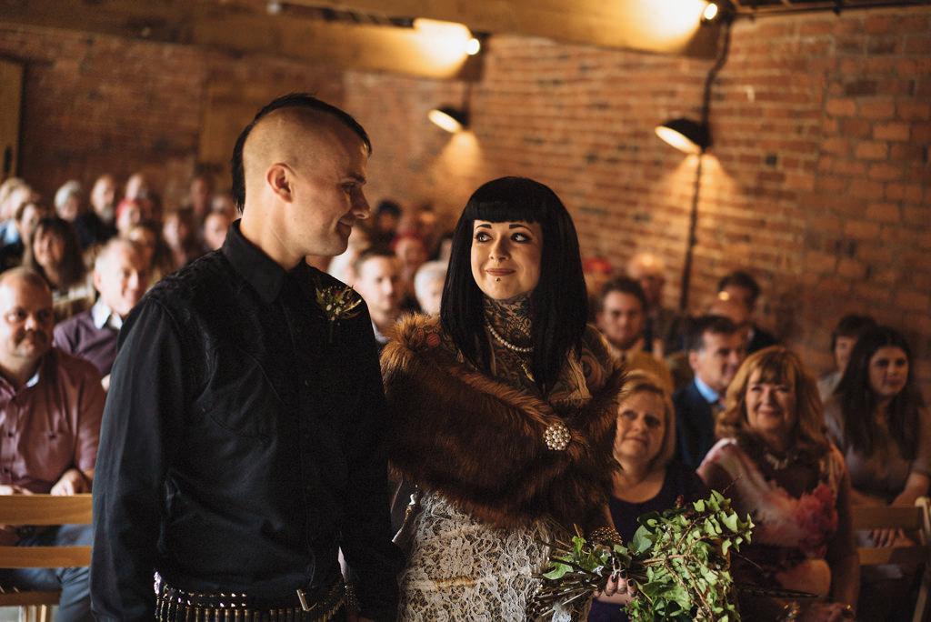 mapperley-farm-punk-wedding-elvis-94034