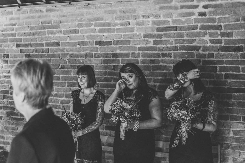 mapperley-farm-punk-wedding-elvis-94036