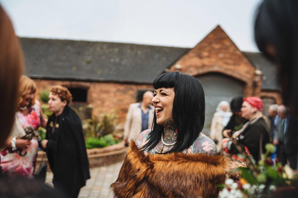 mapperley-farm-punk-wedding-elvis-94040