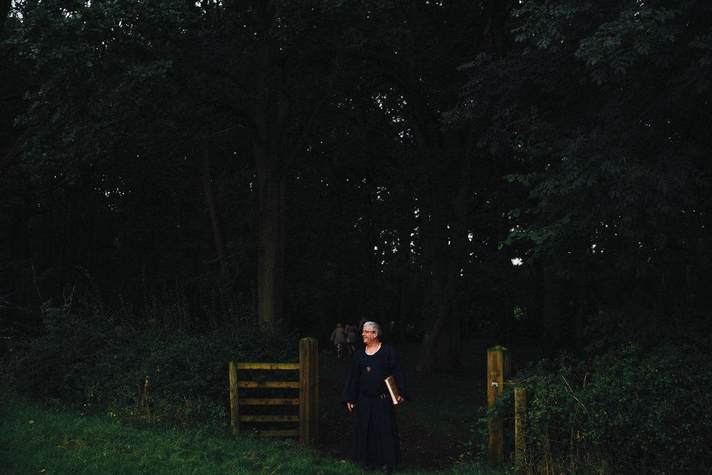mapperley-farm-punk-wedding-elvis-94048
