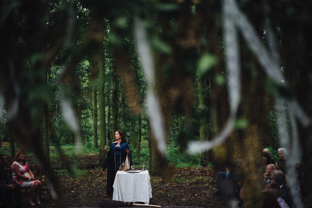 mapperley-farm-punk-wedding-elvis-94055