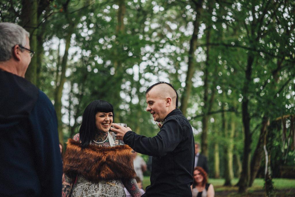 mapperley-farm-punk-wedding-elvis-94077
