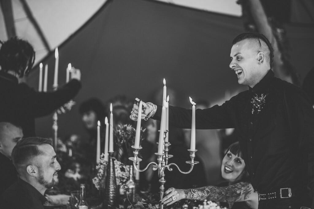 mapperley-farm-punk-wedding-elvis-94101