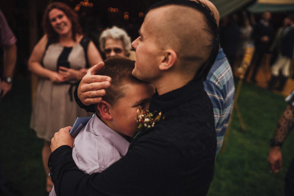 mapperley-farm-punk-wedding-elvis-94116